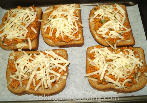 Chicken Pizza Toast