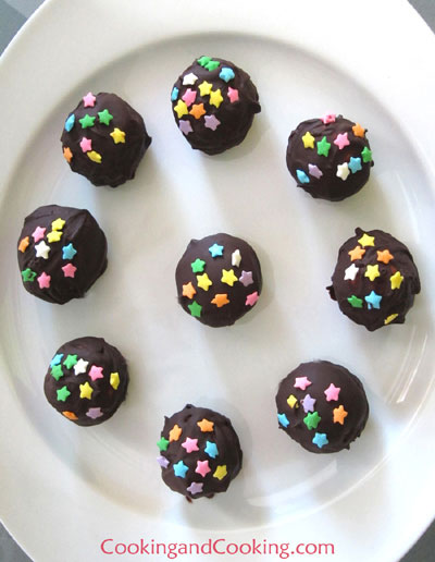 Cookie Ball Pops