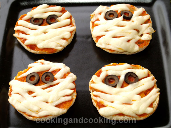 Halloween Mummy Pizza Recipe, Recipes for Kids | Cooking and Cooking