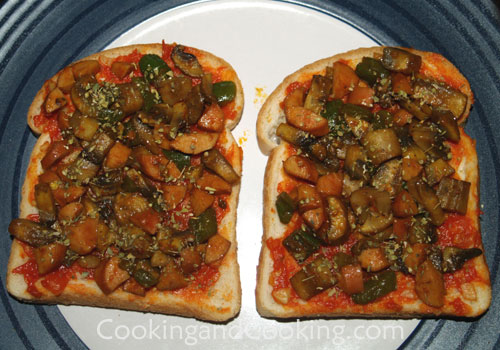 how to cook pizza in oven on cookie sheet