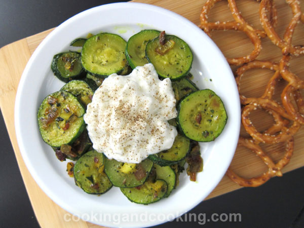 Zucchini with Cottage Cheese